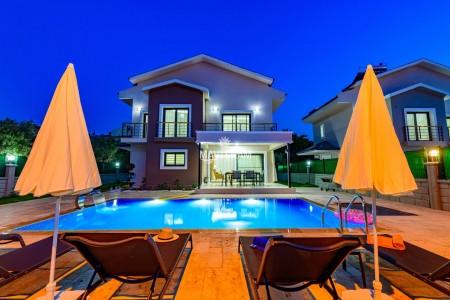 Villa Byssa